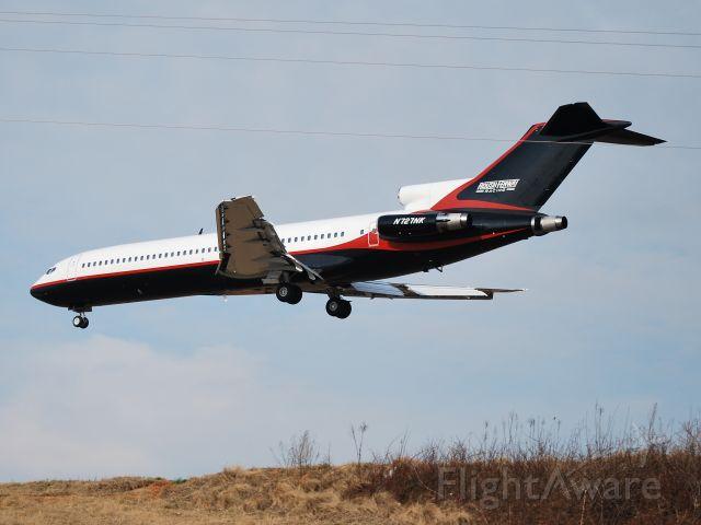 BOEING 727-200 (N727NK) - ROUSH AIR LLC landing on runway 23 - 2/10/09