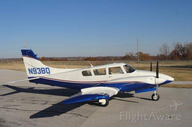 Piper PA-30 Twin Comanche (N93BD) - Photo taken after a complete restoration and paint. I worked on it full time for 11 months.