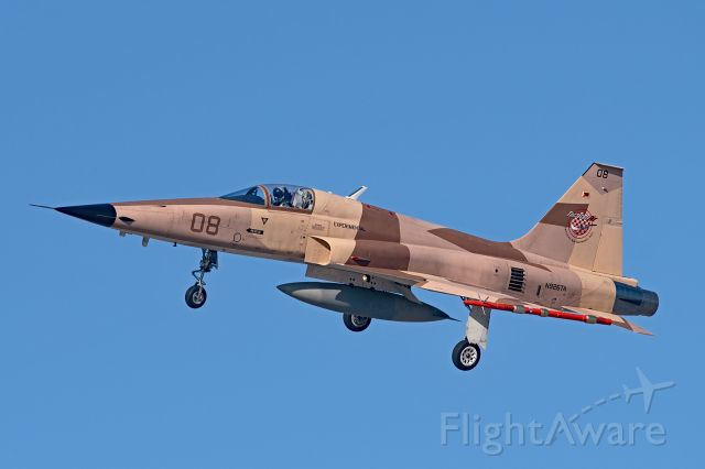 Northrop RF-5 Tigereye (N926TA) - F-5E NOT an RF-5