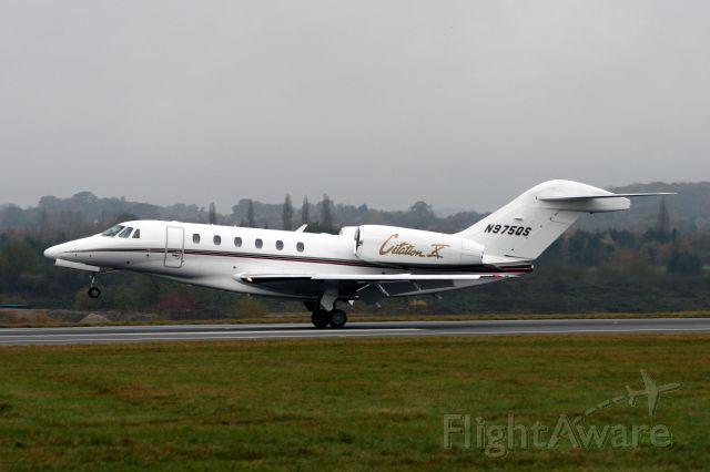 Cessna Citation X (N975QS) - Arriving at Luton from Bangor ME on 06-Nov-08.