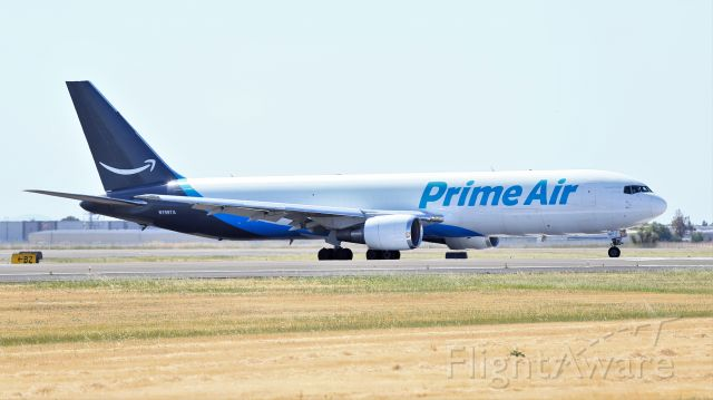 BOEING 767-300 (N1997A) - Amazon Prime Air Boeing 767-33A(ER)(BDSF) Prepares for Take Off for KAFW on 5-9-2021