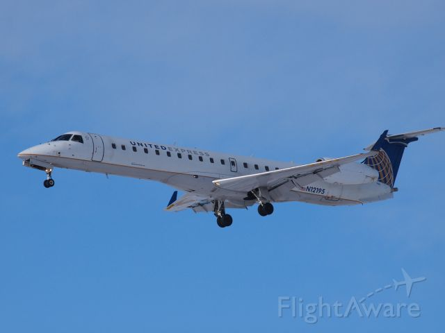 Embraer EMB-145XR (N12195) - Spotting and experimenting with my camera!