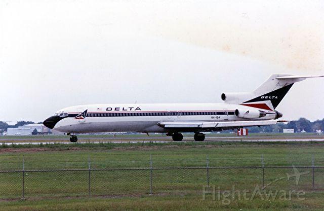 BOEING 727-200 (N414DA)