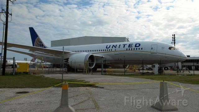 Boeing 787-8 (N45905)