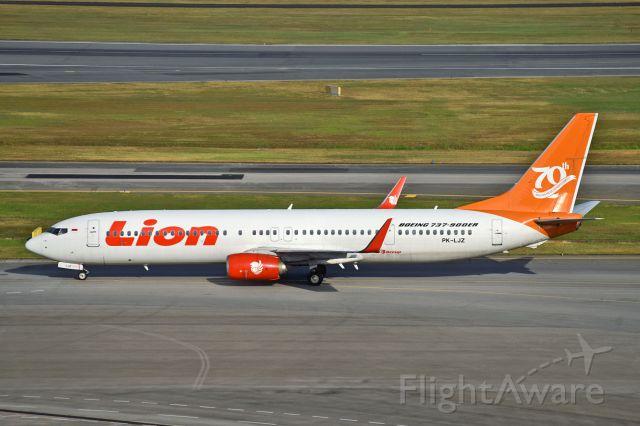 Boeing 737-900 (PK-LJZ)