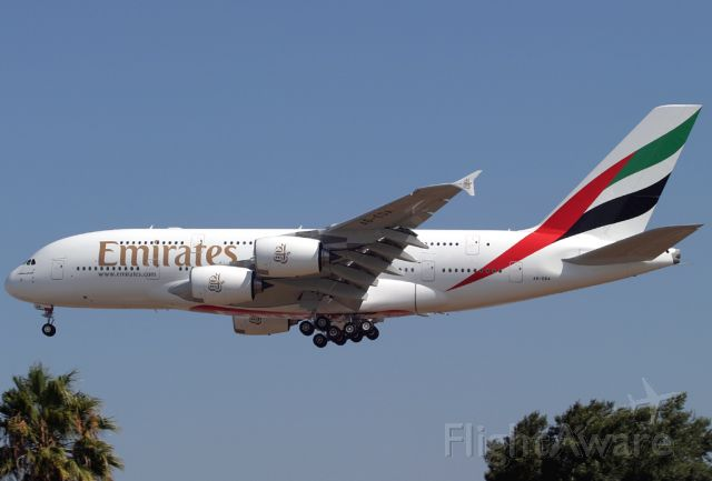 Airbus A380-800 (A6-EDA) - Emirates flight UAE 7223 Super caught on short final to Rwy 25L at Los International Airport (LAX)