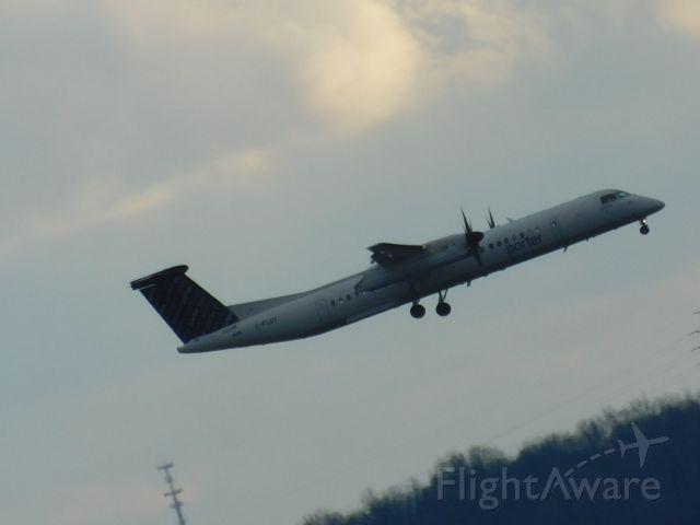 de Havilland Dash 8-400 — - Sheraton Pittsburgh airport room
