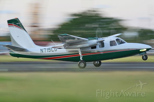 Aero Commander 500 (N715LG) - Félix Bahamonde - PR Planespotters