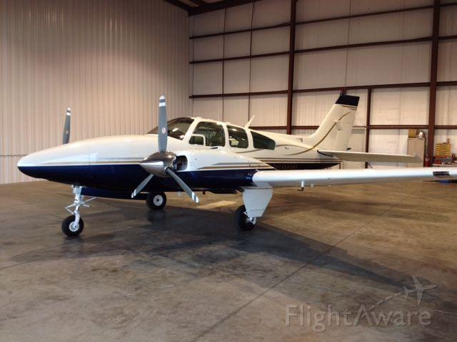 Beechcraft 55 Baron (N7989R)