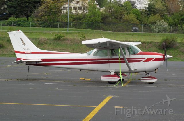 Cessna Skyhawk (N8062E)