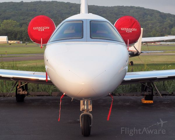 Cessna Citation CJ4 (N525CZ) - Cessnas brand new CJ4 on the RELIANT AIR ramp. RELIANT AIR operates three CJ2s. RELIANT AIR has the lowest fuel price onthe Danbury airport.