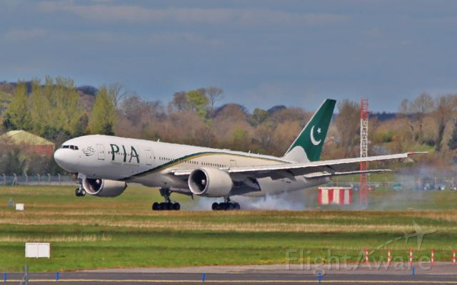 Boeing 777-200 (AP-BGY) - pia b777-2 ap-bgy diverting to shannon while routing manchester to new york 23/4/16.