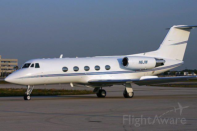 Gulfstream American Gulfstream 2 (N6JW) - Belongs to Jim Waletr Corp. Based out of KTPA