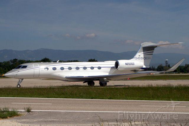 Gulfstream Aerospace Gulfstream G650 (N650GD) - Lining up to depart rwy 04 on 23-May-19.