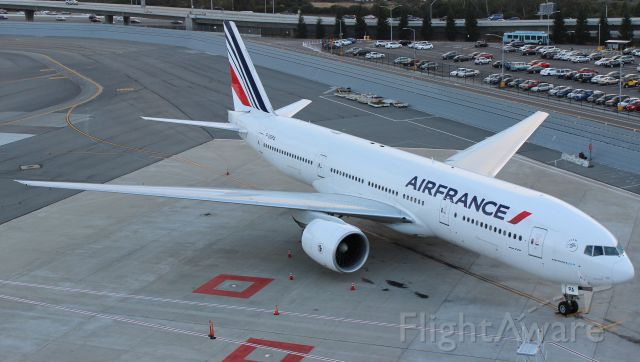 Boeing 777-200 (F-GSPA) - Went tech the night before and the flight to CDG was cancelled