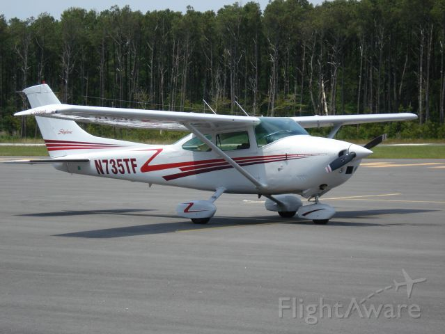 Cessna Skylane (N735TF)