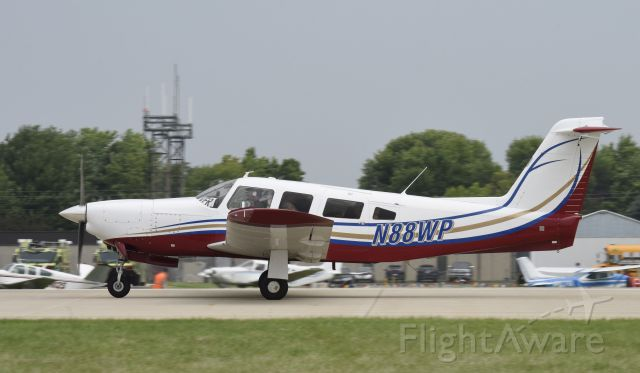 Piper Lance 2 (N88WP) - Airventure 2019