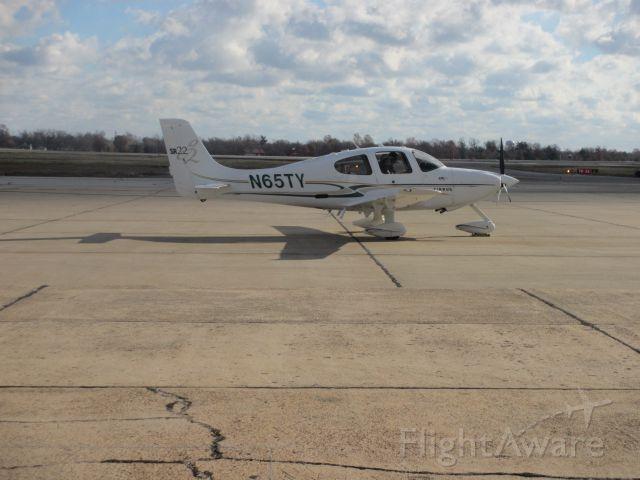 Cirrus SR-22 (N65TY) - Ready for taxi at Joplin enroute to Mountain Home,Arkansas on 30 NOV 2014.