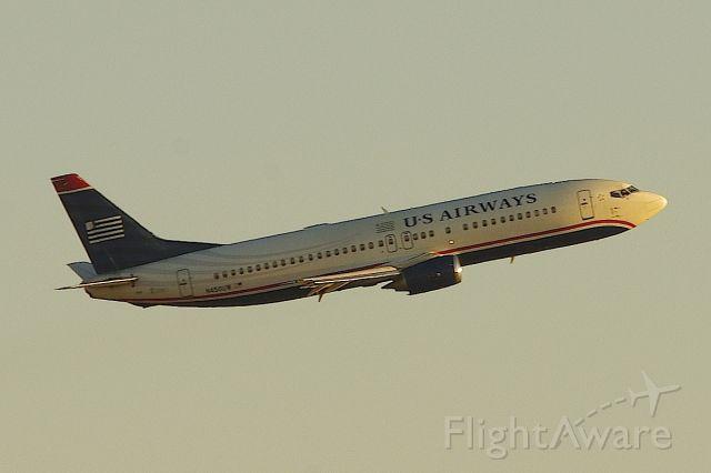BOEING 737-400 (N450UW) - Going around on Runway 23