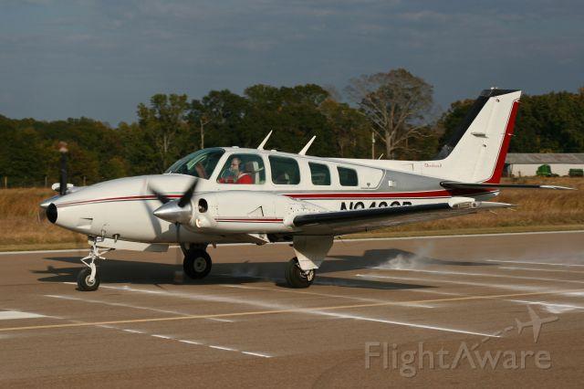 Beechcraft Baron (58) (N942CP)