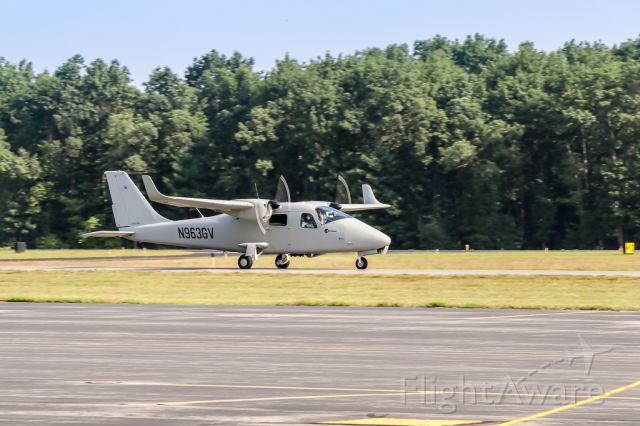 TECNAM P-2006T (N963GV) - Unique aircraft departing Nashua, NH