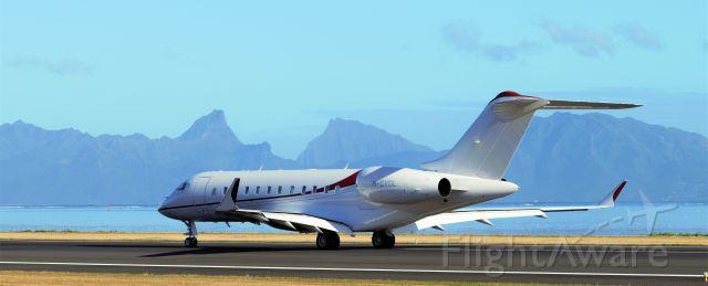 Bombardier Global Express (M-CVGL)