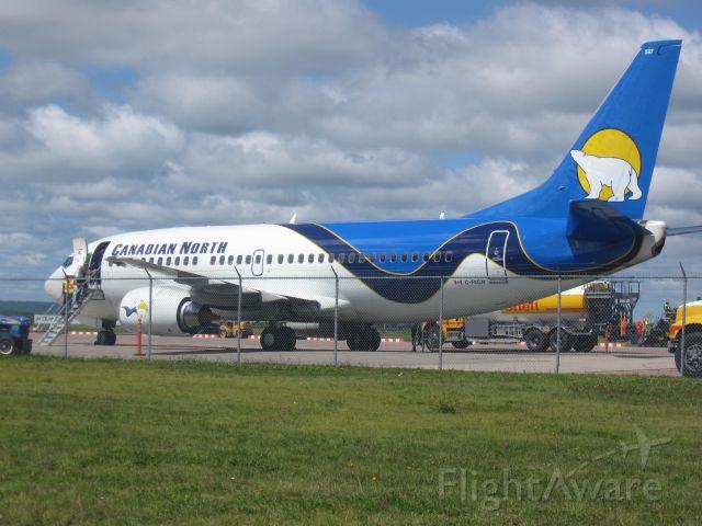 BOEING 737-300 (C-FKCN)
