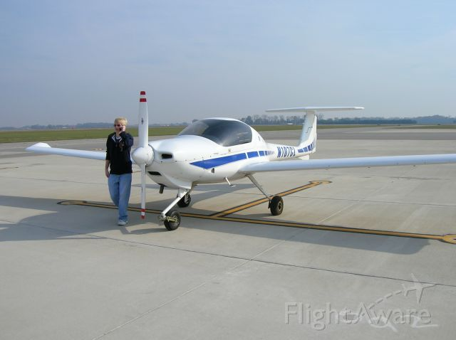 Diamond DA-20 (N107CL) - Blue Ash Aviations Diamond DA20