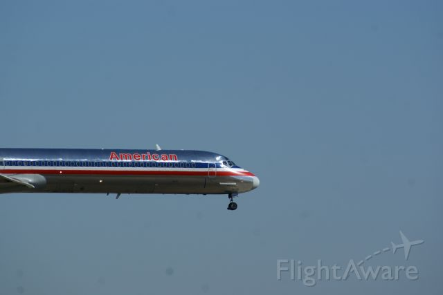 McDonnell Douglas MD-80 — - American Airlines coming into land at DFW.
