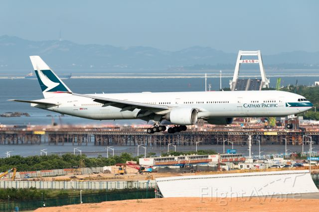 BOEING 777-300ER (B-KPI)