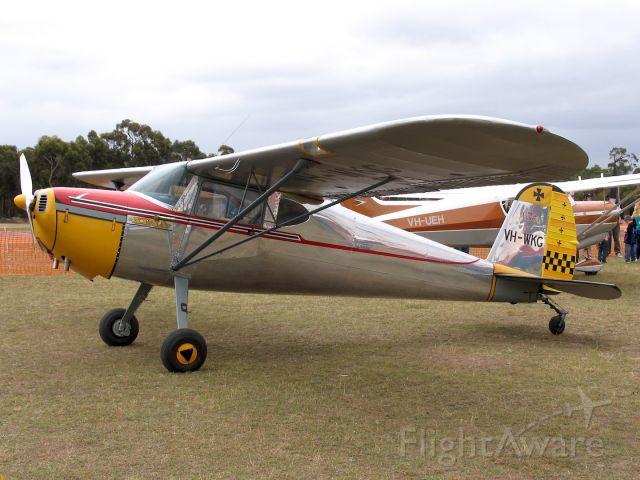 Cessna 140 (VH-WKG) - Cessna 140<br />Manufactured in 1948, USA<br />Photo: 08.11.2009