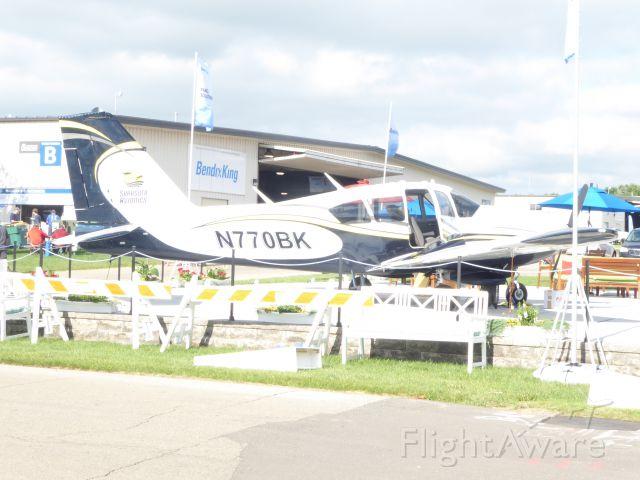 Piper Apache (N770BK)