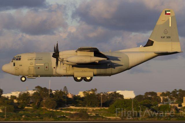 Lockheed C-130 Hercules (KAF326)