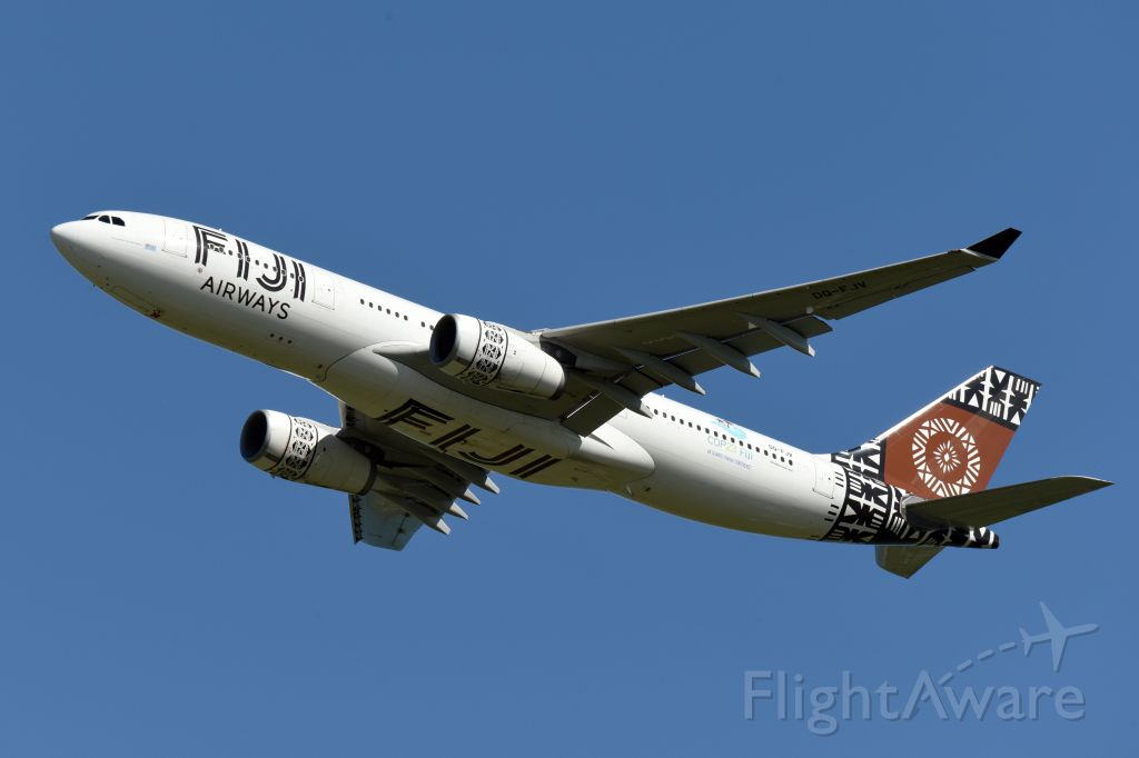 Airbus A330-200 (DQ-FJV)