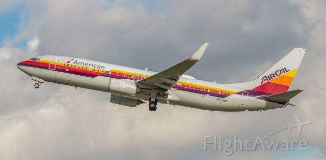 Boeing 737-800 (N917NN)