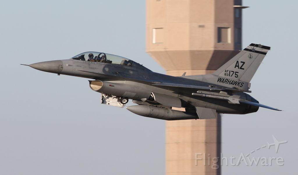 83-0175 — - F-16D