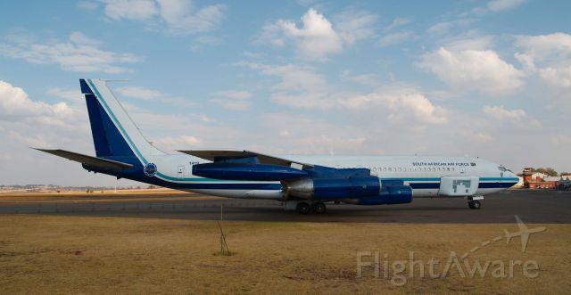 — — - Boeing 707-100 (1419)