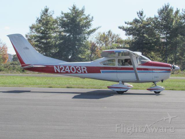 Cessna Skylane (N2403R)