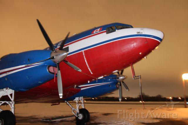 Douglas DC-3 (C-GEAJ)
