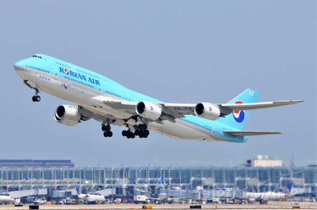 BOEING 747-8 (HL7633)