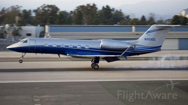 Gulfstream Aerospace Gulfstream IV (N869DL)