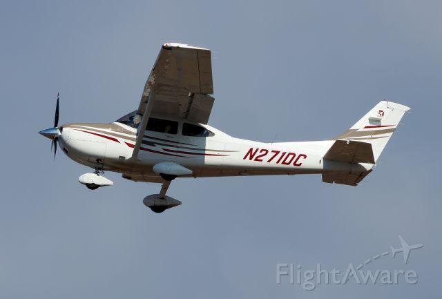 Cessna Skylane (N271DC)
