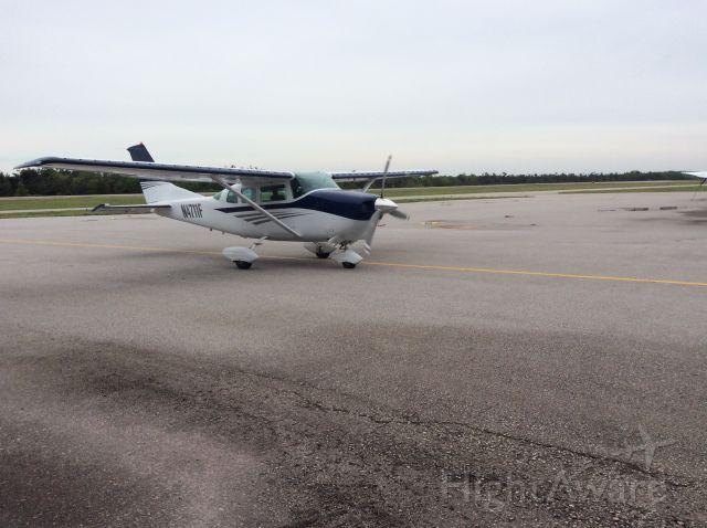 Cessna 206 Stationair (N4711F)