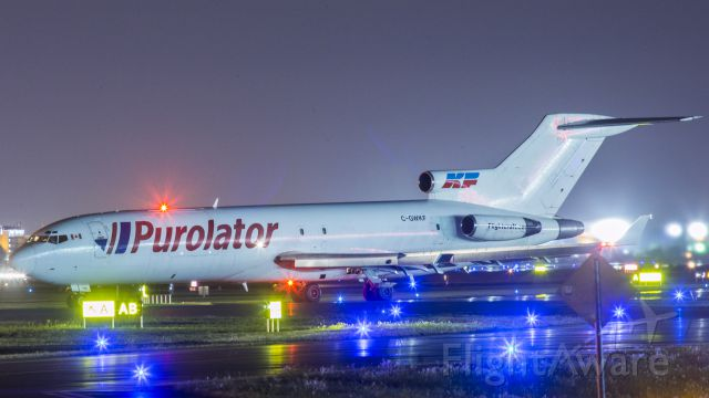 BOEING 727-200 (C-GWKF)