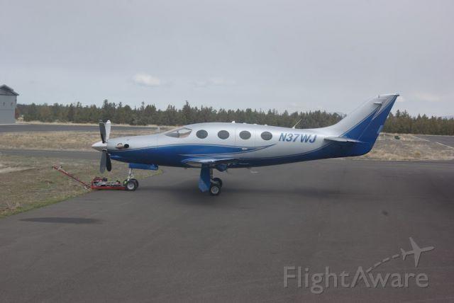 Epic Aircraft LT (N37WJ)