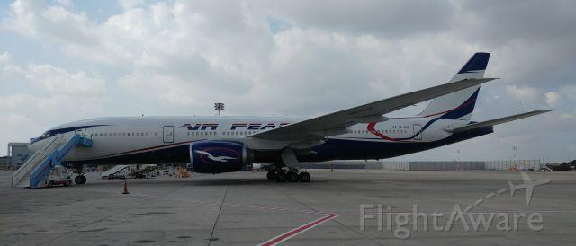 Boeing 777-200 (5N-BVE)