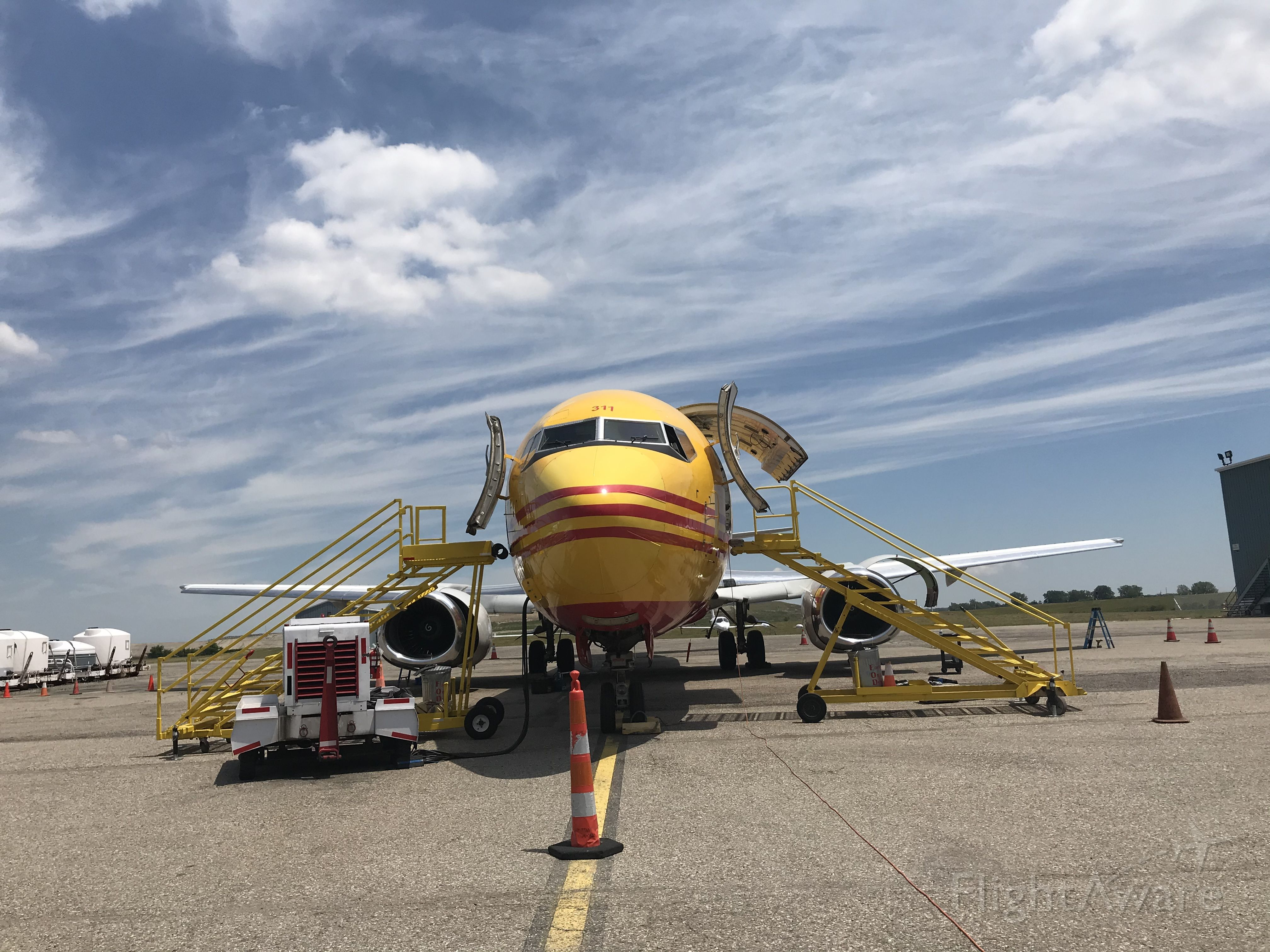 N311GT — - DHL 737-400 BCF operated by Kalitta Charters Loading Up