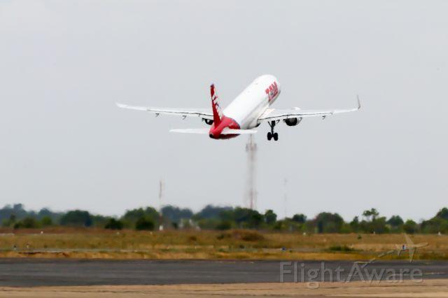 Airbus A320 (PR-MYZ)