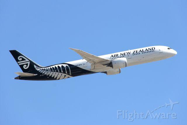 Boeing 787-8 (ZK-NZC) - Boeing 787-9 Dreamliner<br />Photo: 18.08.2016