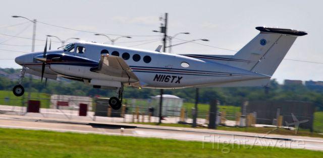 Beechcraft King Air 100 (N116TX)